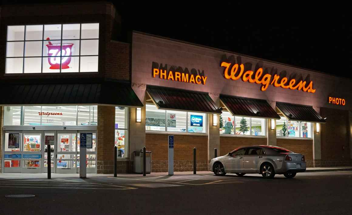 Photo: The outside of a walgreens store at night